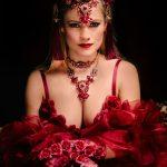 Burlesque-Performer-11